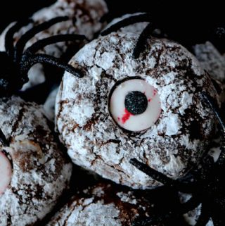 Easy Halloween Cookie | Chocolate Cyclops Cookies