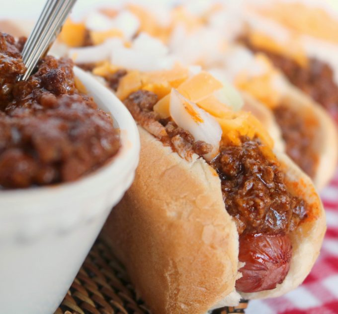 This is a quick-fix hot dog sauce recipe, featuring ground beef, ketchup and a mix of spices.