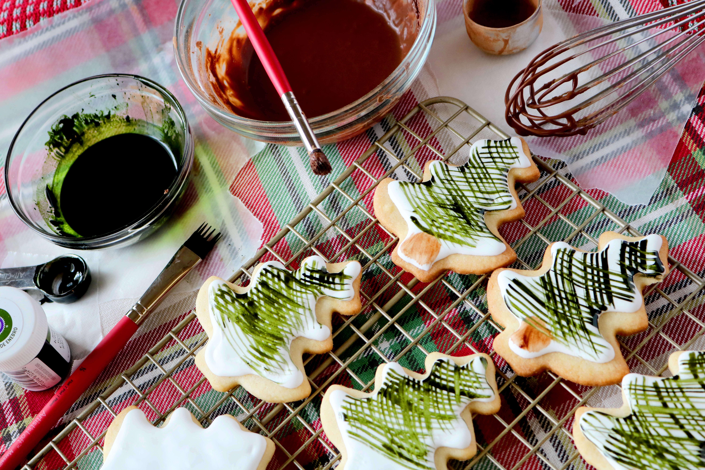 Royal Icing Christmas Cookies.Painted Sugar Cookies