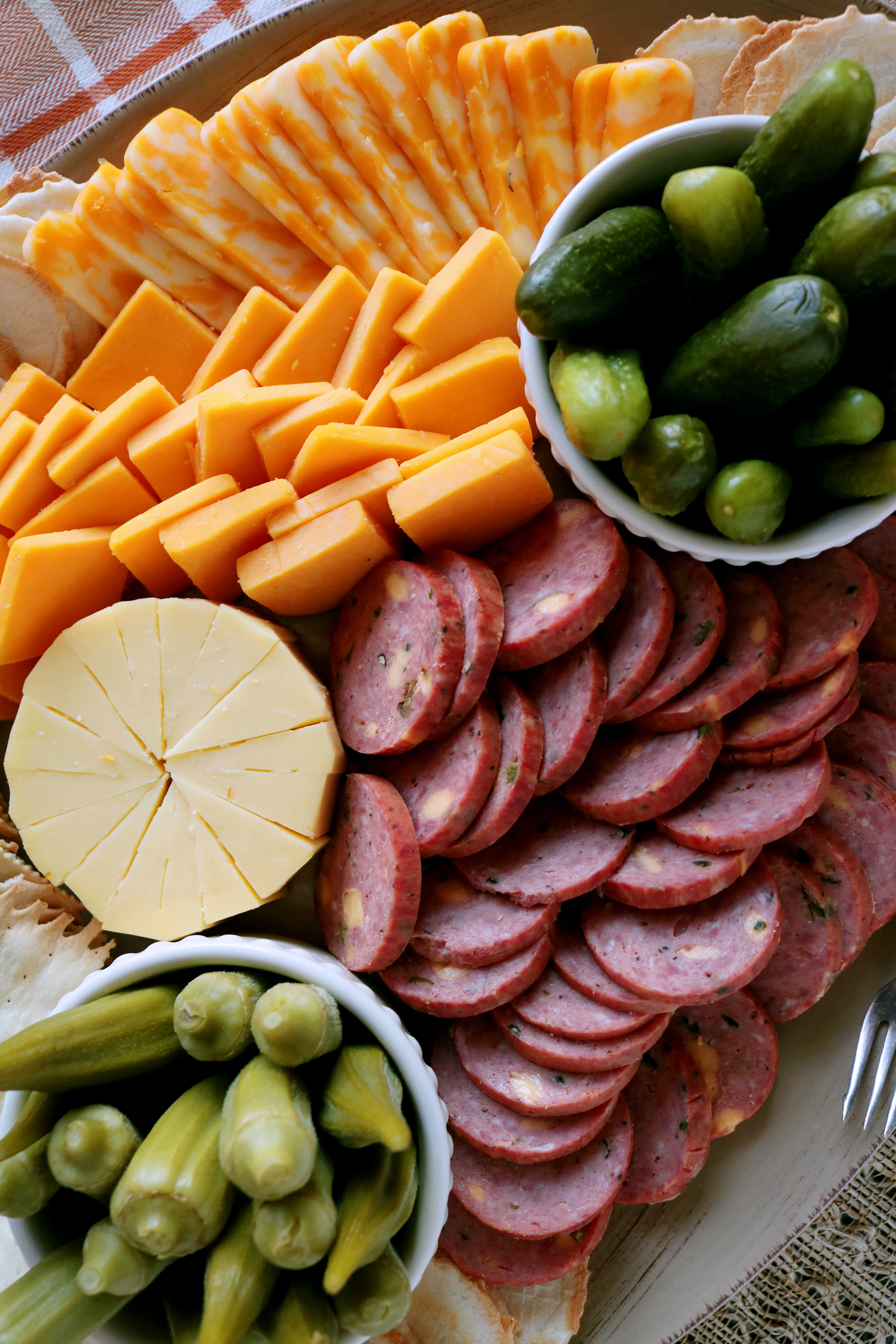 How To Make A Cheese Platter With Summer Sausage