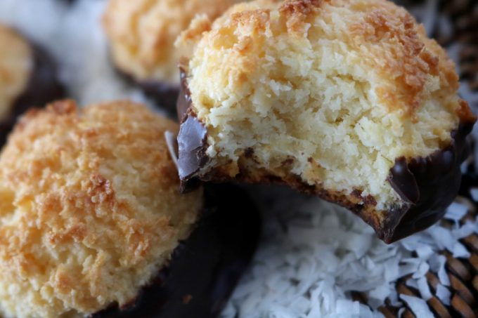 Easy Coconut Macaroon Recipe