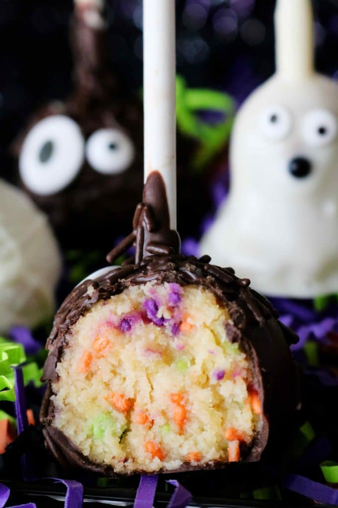 Halloween Cake Pop with Sprinkles