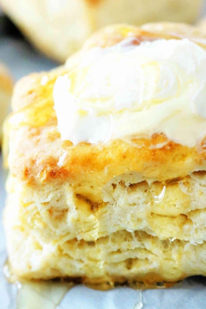 Homemade Buttermilk Bisctuis